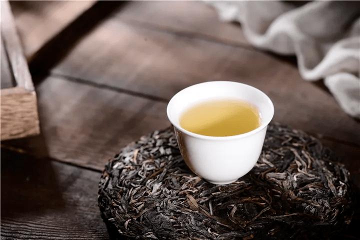 一斤普洱茶多少钱?