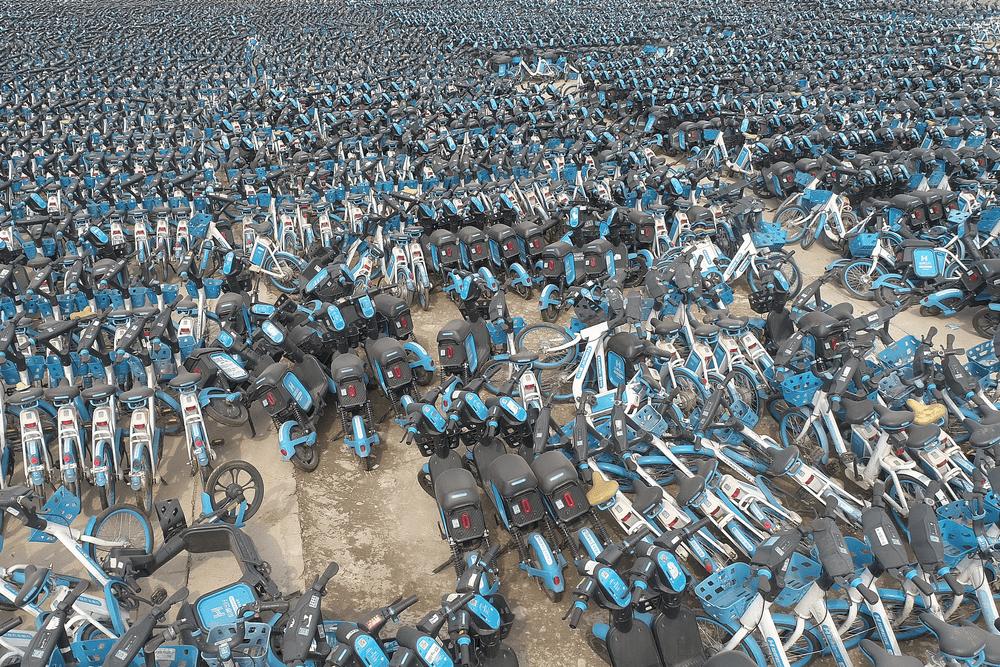 """被抛弃的40万辆""""僵尸车""""的照片 - 8"""