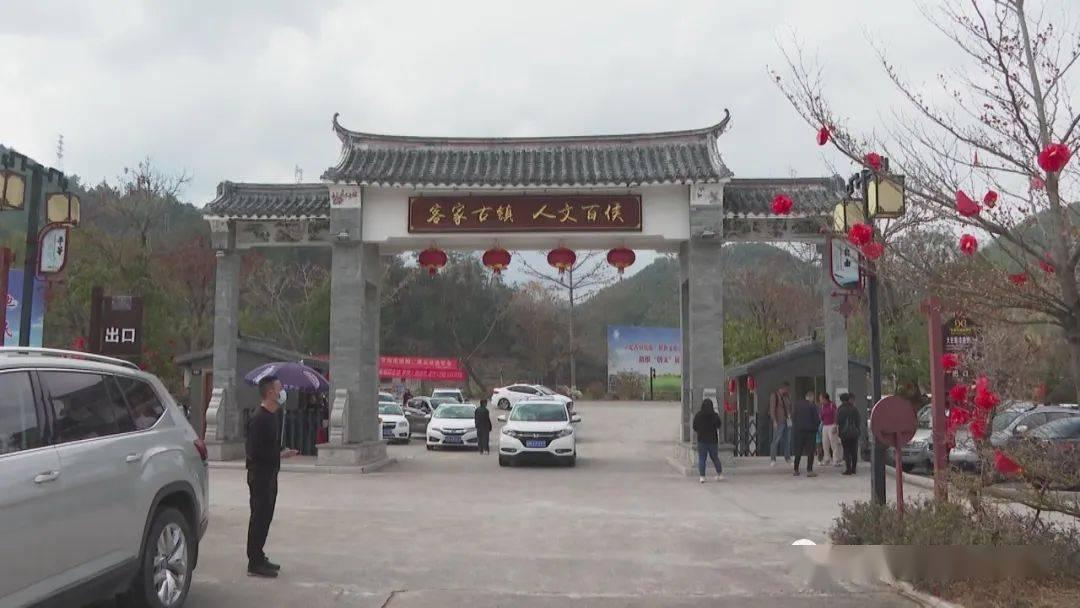 龙狮闹春、鲤鱼灯舞…梅州这里的非遗演出有年味儿!