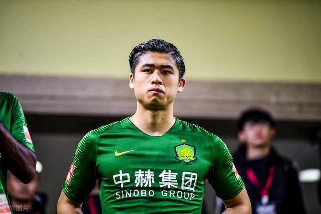 谦虚!张玉宁直言下赛季不再是U23球员,需更努力才能踢上首发