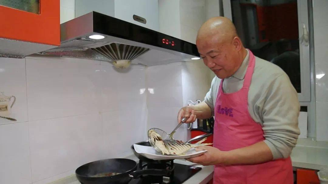 """抢庄牛牛棋牌游戏:这道硬菜,出身名""""楼""""!"""