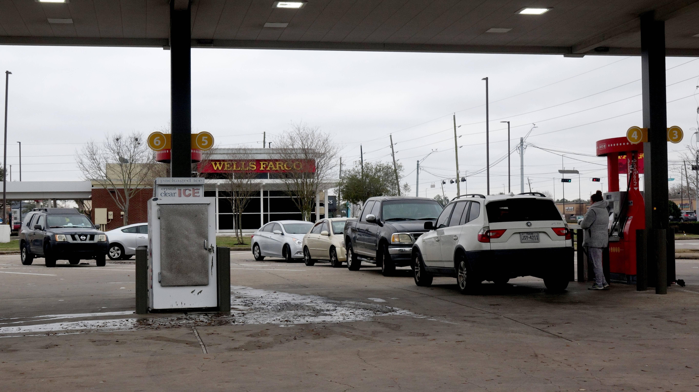 美国得州断电持续 饮用水和食品告急