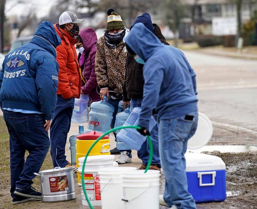 美国得克萨斯州超过1460万人受到断水影响