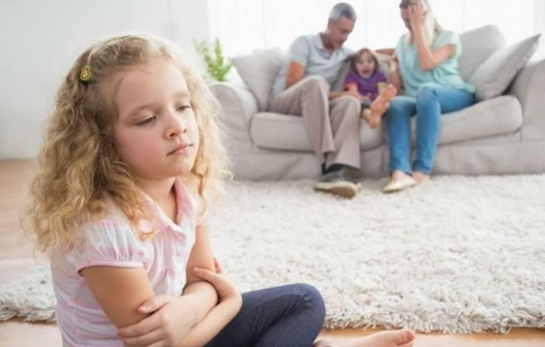 为何不能将娃寄养在亲戚家?过来人道出心声,有个伤害很难弥补