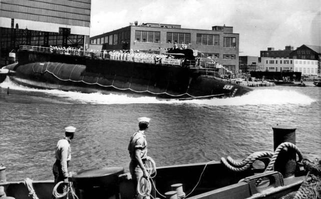 美军长尾鲨号核潜艇沉没,129人无一生还,海中传来地狱尖啸声