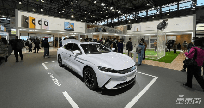 MWC上汽科技:华为HiCar叫苹果CarPlay,高通汽车芯片遍布全场
