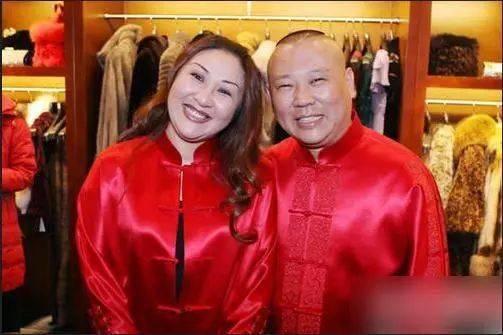 德云社结婚照大曝光,堂主的媳妇最美,张鹤伦的婚纱照最辣眼!