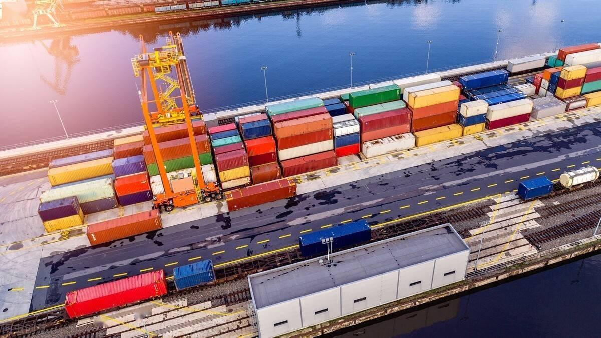 越南在新兴市场物流指数中被提升至前10名,中国稳居第一