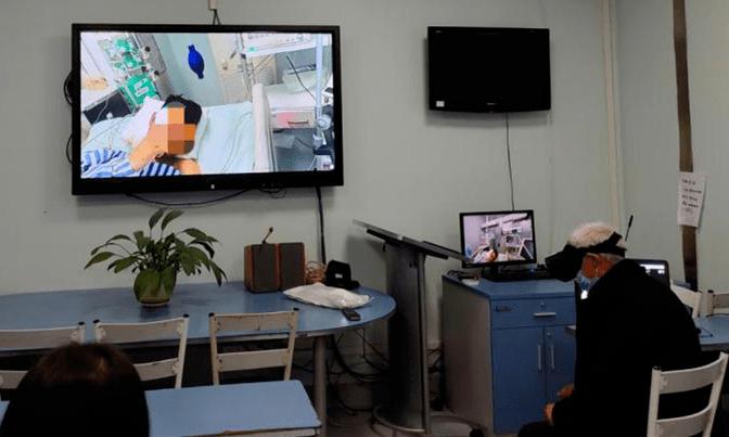 四川首个SICU 5G+医疗机器人探视应用成功落地