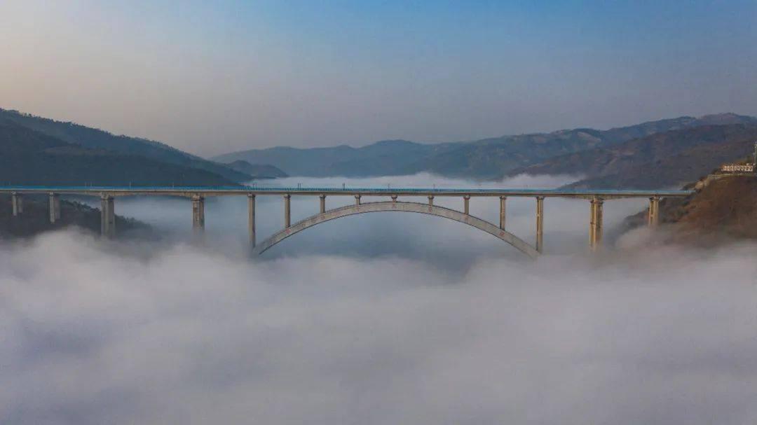 云南这座桥获国内大奖!一个字:绝!