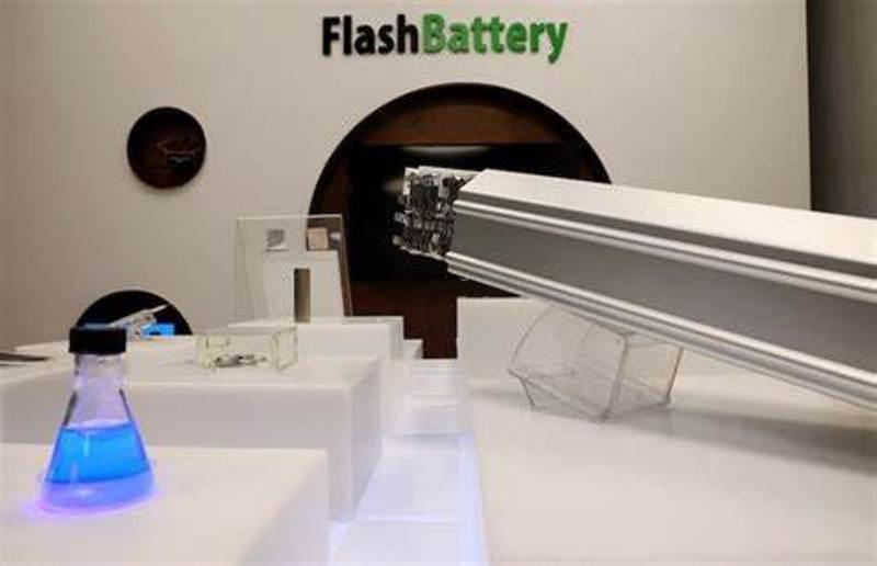 """电池充满电只需5分钟!以色列开发出电动汽车""""闪充""""技术"""