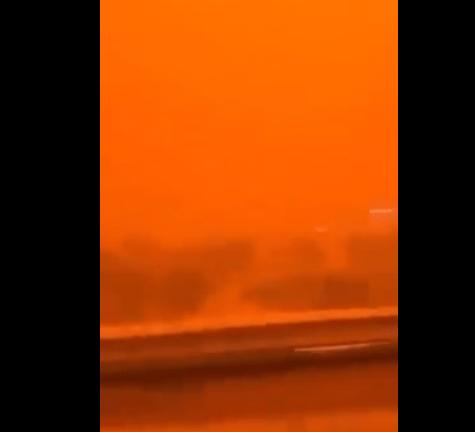 风沙风靡波斯湾地区天上变橘红色沙特阿拉伯遭风沙侵蚀