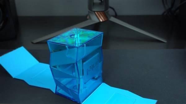 Intel 11代旗舰i9-11900K提前到手!波浪形包装盒吸睛的照片 - 11