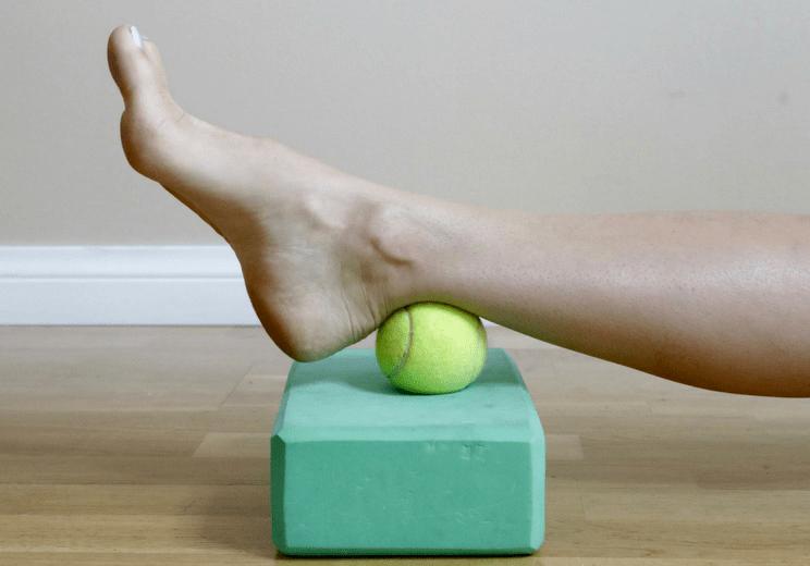 腿后侧太紧怎么办?你需要这两套瑜伽序列极致拉伸!_右腿