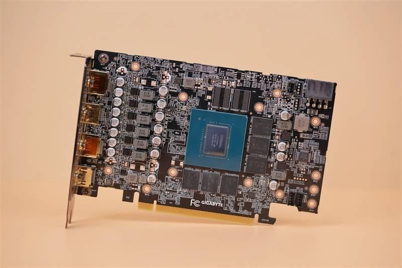 还是要比公版强一些!技嘉RTX 3060 GAMING OC魔鹰显卡评测