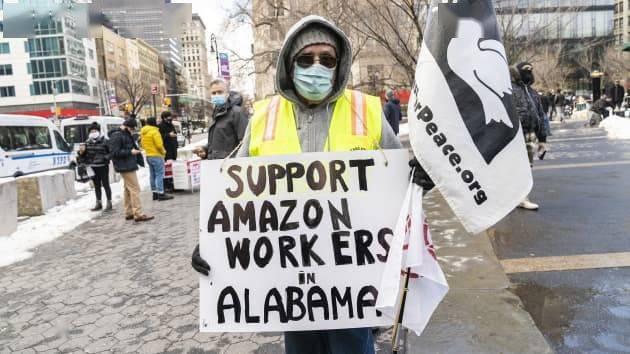 亚马逊赢得投票:仓库工人成立工会计划受挫|