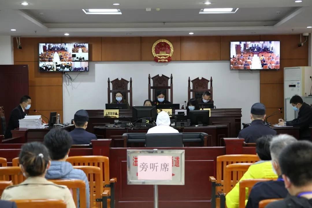 广西一高校基建处长被控受贿超千万,原校长及一副校长亦被查