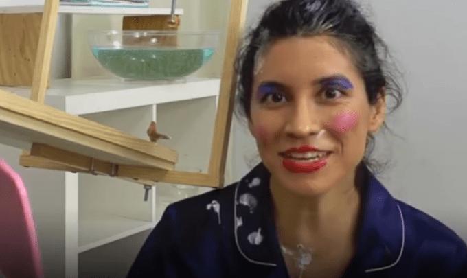 美国网红研发自动化妆机 网友:这不是海外手工耿吗?