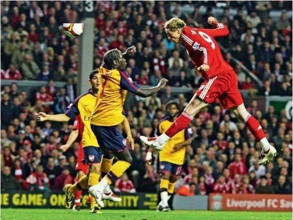 利物浦4比4阿森纳 属于一个人的精彩