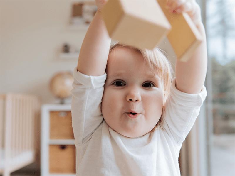 【一岁半的宝宝任性】一岁半的宝宝越来越任性怎么办?