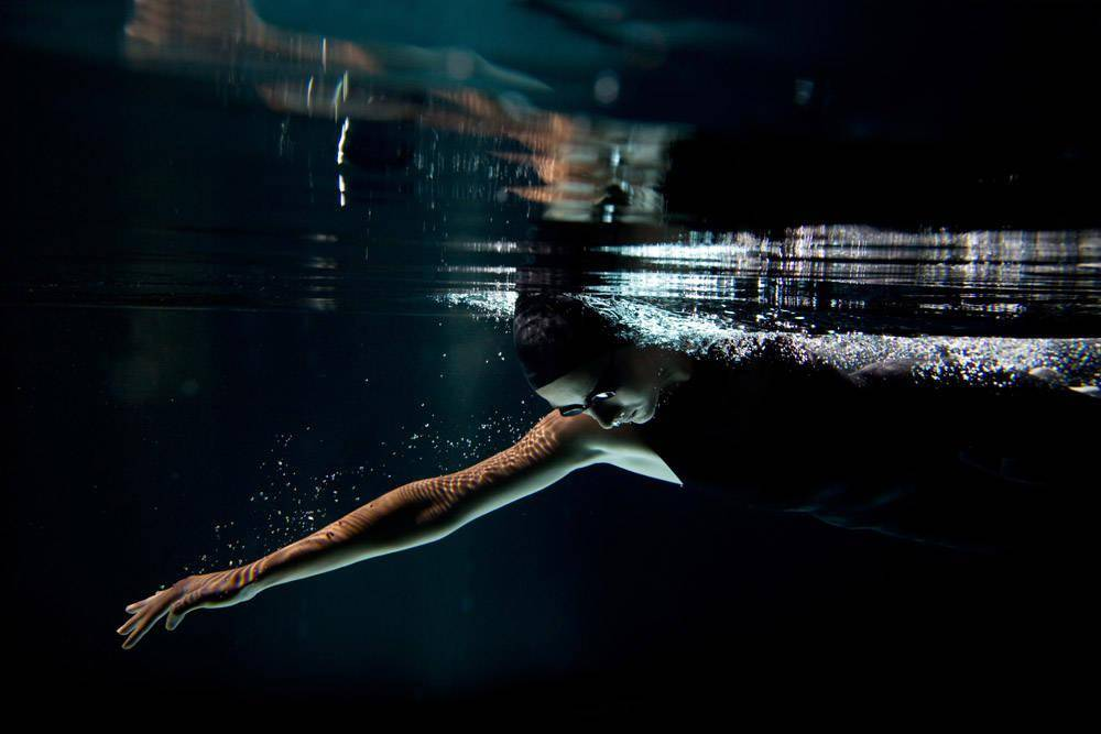 减肥训练动作太过枯燥,可以了解多种训练形式,解决你的枯燥难题_游泳