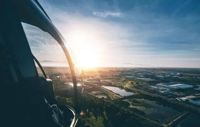 飞阅河东 尽览大城