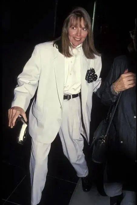衣品||75岁还是最酷的女神 如何穿成戴安·基顿? 爸爸 第20张