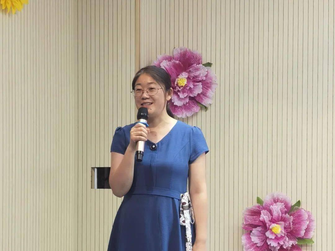 张丹语文老师湖北 23个学生 张丹