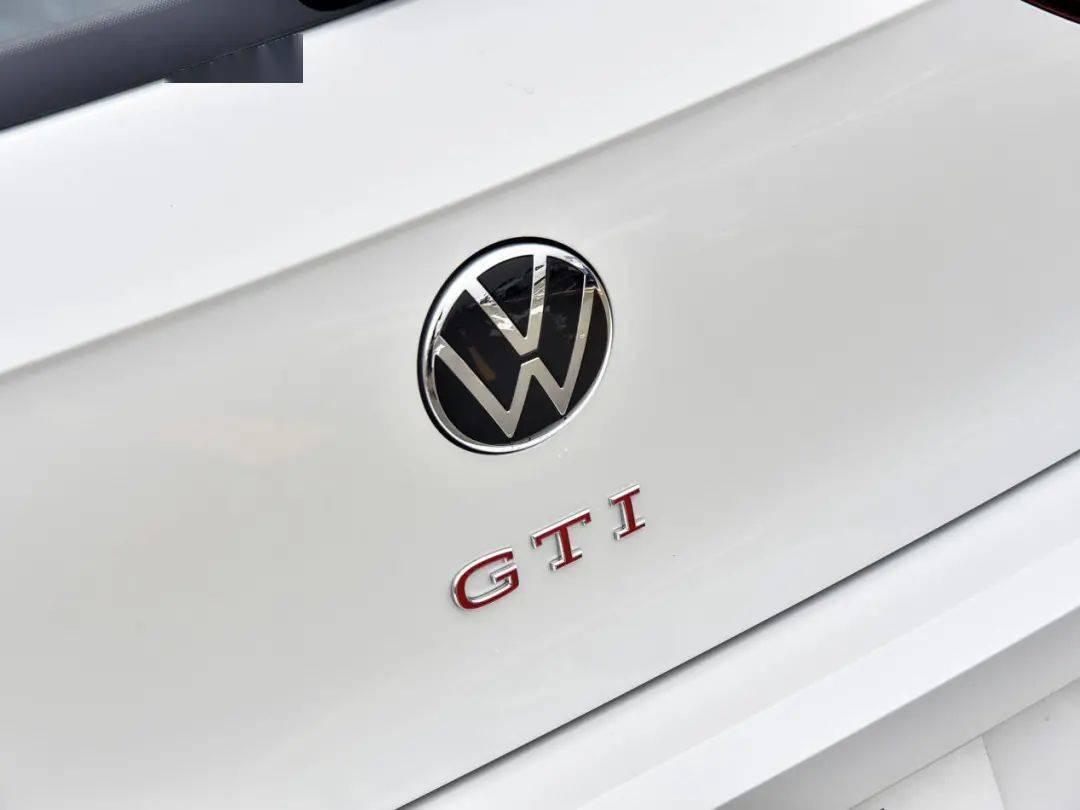 比GTI便宜、还比GTI强,20万元性能车你选谁?