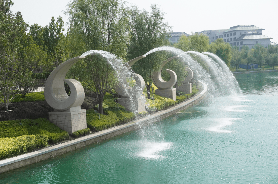 """中国元素如何""""点睛""""北京环球影城?"""