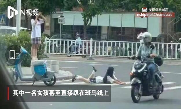 洛七:这种街拍风格是怎么在JK圈火起来的?