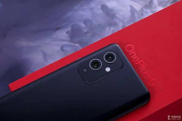 """是手机更是""""哈苏相机"""" 仅3399起售的一加9可不能错过"""