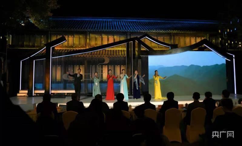 上海江南民歌大赛颁奖展演在青浦朱家角举行